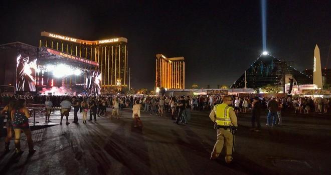 Las Vegas'ta silahlı saldırı: en az 50 ölü