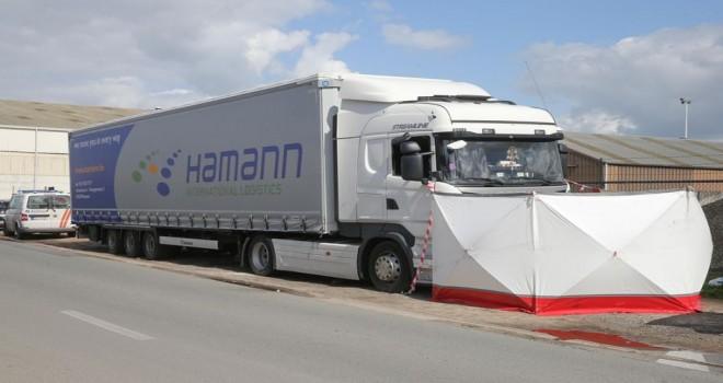 Gent limanında bir şoför TIR içerisinde ölü bulundu