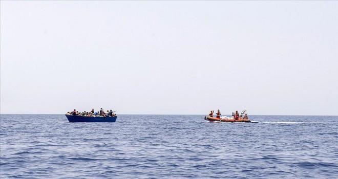 İtalya'ya düzensiz göçmen girişi azaldı