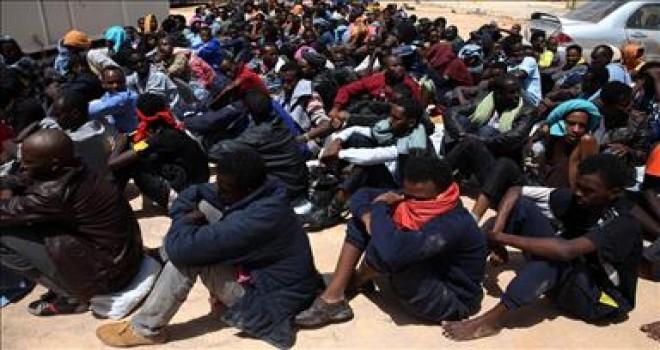 Libya'da göçmenlerin köle olarak satıldığı ve organlarının çalındığı iddiası incelenecek