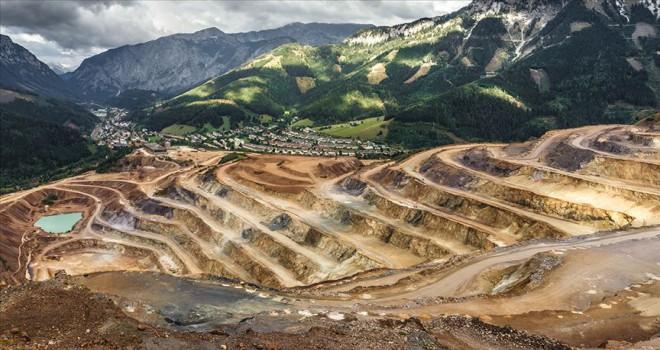 Kongo'nun kobalt zenginliği felakete dönüşüyor
