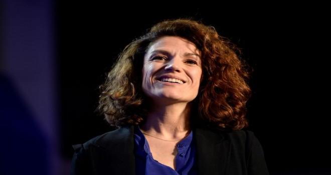 Fransa'da sarı yeleklilere öncülük eden eski bakanın aylık geliri halkın büyük tepkilerine yol açtı