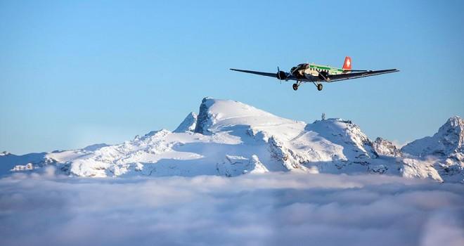 İsviçre'de Alp Dağlarında uçak düştü: 20 ölü