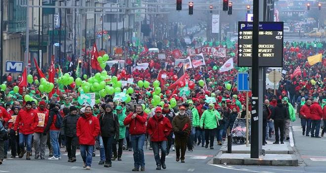 Emeklilik reformuna karşı protesto Charles Michel'i sinirlendirdi