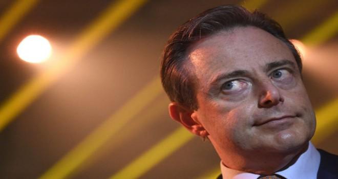 De Wever: Yahudiler çatışmalardan kaçınıyorlar. Müslümanlarla aralarındaki fark budur
