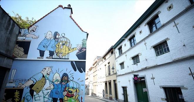 Brüksel'de çizgi kahramanlar sokaklarda yaşatılıyor