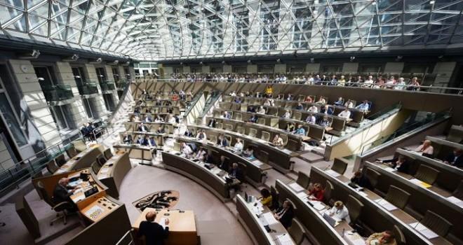FETÖ'nün Belçika'daki çatı kuruluşu VLERİG'in web sitesi Flaman Eğitim Komisyonunda sorgulandı