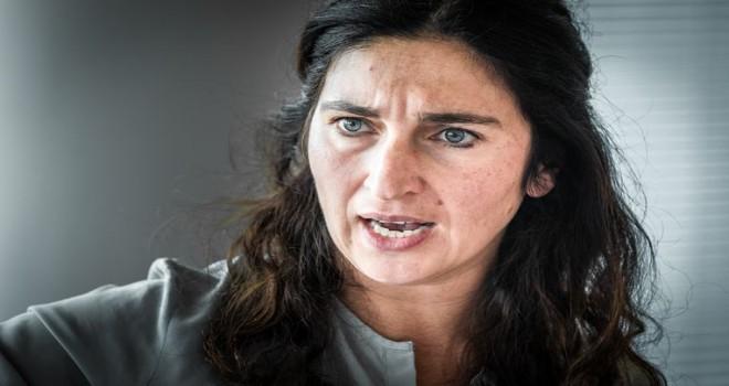 Zuhal Demir,  Milli Görüș hareketinin yeni okuluna karşı