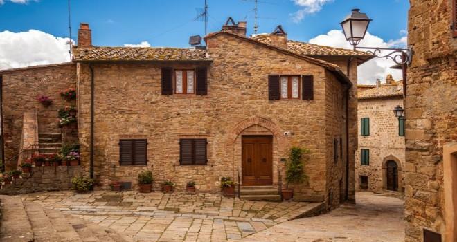 Pastoral İtalyan köylerinden 1 avro ya ev satın alıp göç edenlere 9 bin avroluk yerleșim primi