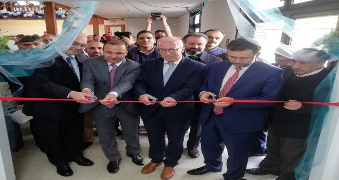 Oudenaarde Ensar Camii ibadete açıldı