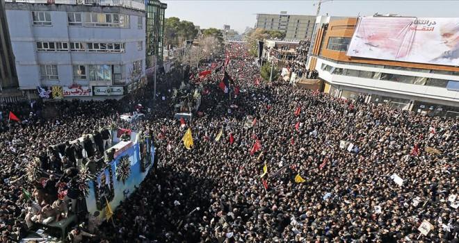 Süleymani'nin cenazesindeki izdihamda 56 kişi öldü