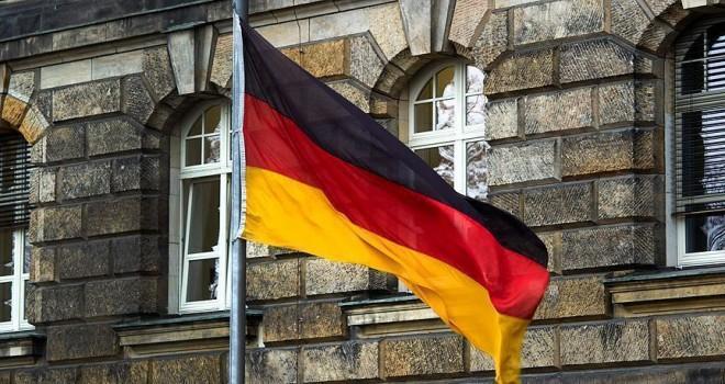 Almanya'da 330 bin evin elektriği borç nedeniyle kesildi