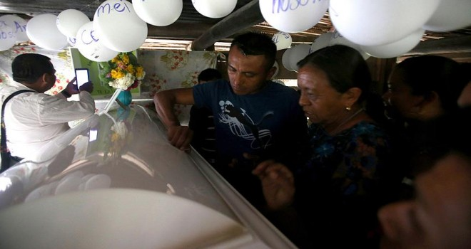 ABD'de 7 yaşındaki Guetemalalı çocuk gözaltında öldü