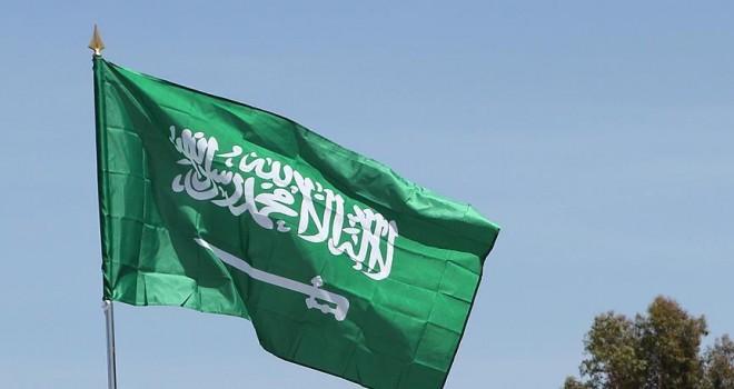 Suudi Arabistan'dan kadınlara ehliyet izni