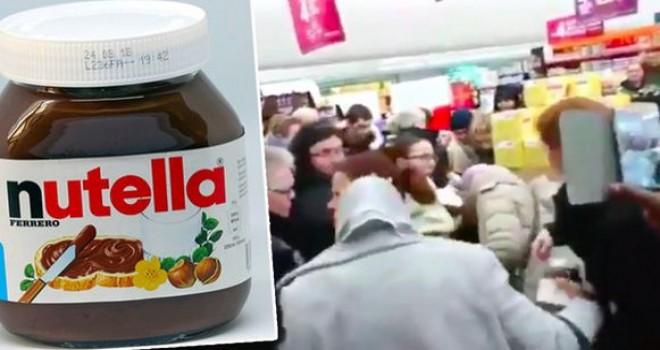 Fransa'nın Intermarché marketlerinde 'Nutella' izdihamı