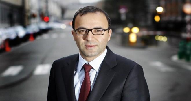 Veli Yüksel,  Demir'in Türk Vatandaşlığından Çıkma Kararına Yanıt Verdi
