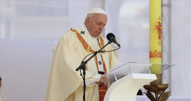 Papa Franciscus, cinsel istismar dosyalarını 'papalık sırrı' olmaktan çıkardı