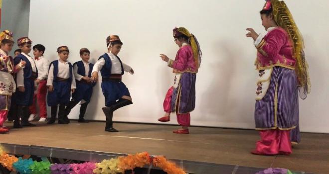 Aalst'ta 23 Nisan Ulusal Egemenlik ve Çocuk Bayramı coşkusu yaşandı