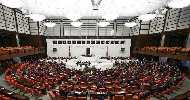 Irak ve Suriye tezkeresi Meclis'te kabul edildi