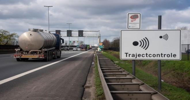 E40 otobanının Aalst ve Gent güzergahı arasında, iki yeni hız ölçüm noktası devreye giriyor