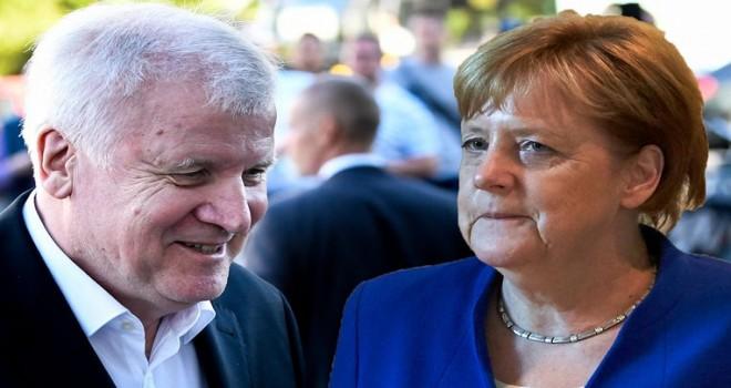Merkel ve Seehofer, saatler süren göç müzakerelerinden sonra uzlașmayı başardı