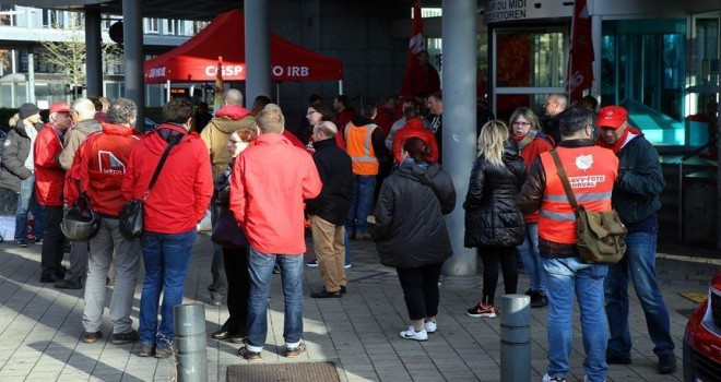 Belçika'da binlerce çalışan greve gitti