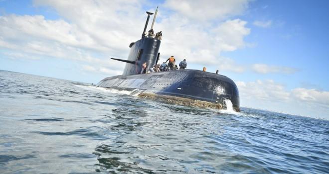 44 mürettebat için hala umut var: Kayıp denizaltı 7 kez iletişime geçmeye çalıştı