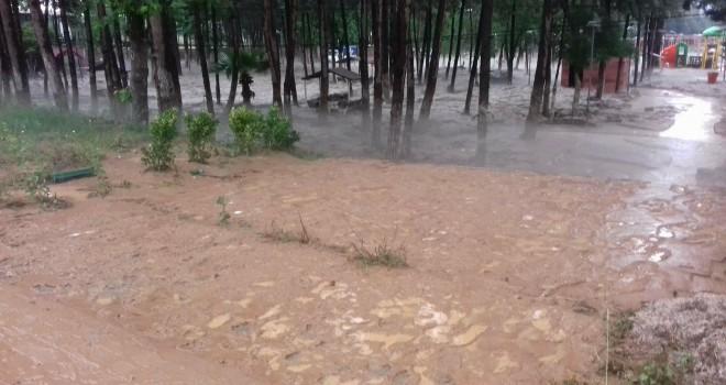 Doluyla karışık yağış felaketi Kilis'i de vurdu