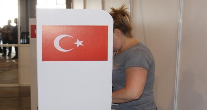 Belçika'daki Türkler sandık başında