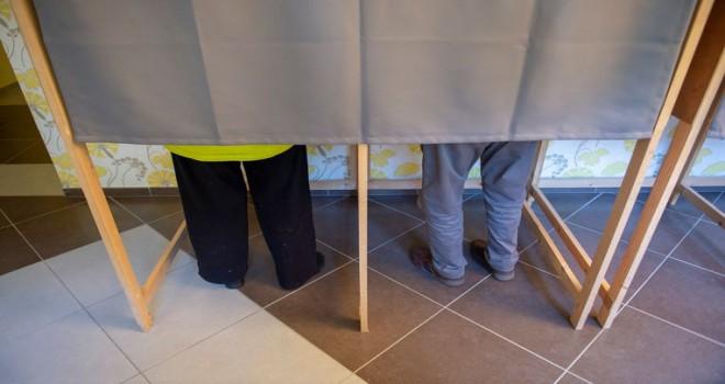 Belediye ve Eyalet seçimlerine 'katılım zorunluluğu' kalkıyor