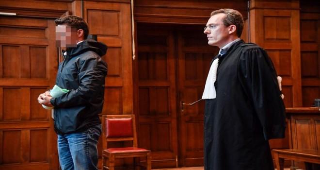 Trafik cezası paralarını cebe indiren yunus polise ertelemeli 1 yıl hapis cezası