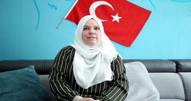 Türkiye hayranı Belçikalı Pamela Türk vatandaşı oldu