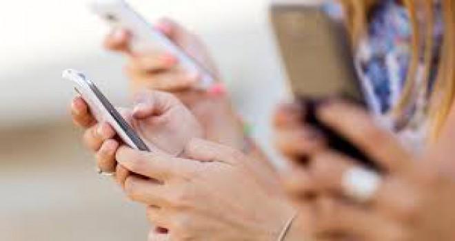 Cep telefonları bilinenden üç kat fazla radyasyon yayıyor