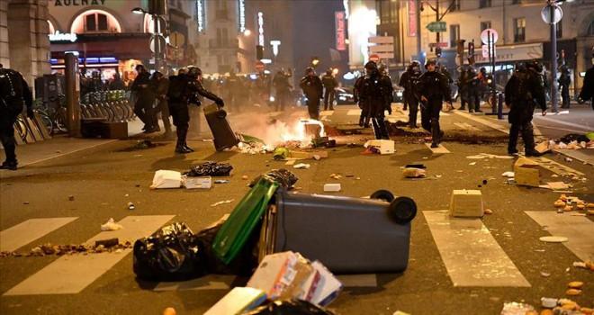 Fransız milletvekilinden grevler için 'terör eylemi' benzetmesi