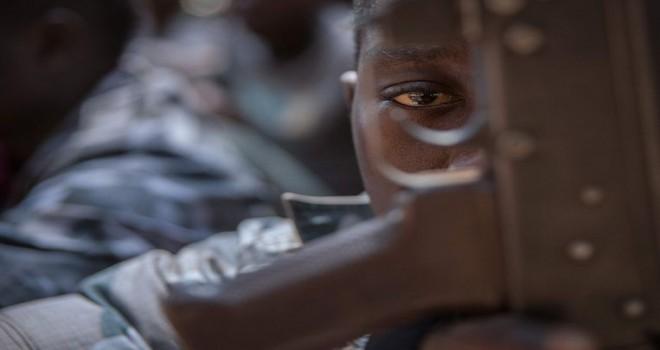 Muhtemelen 10.000 çocuk Kongo'nun Kasai bölgesinde çocuk asker olarak kullanılıyor