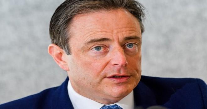 Belçika'da Milliyetçi Flaman Parti N-VA,  hükümetten çekildi