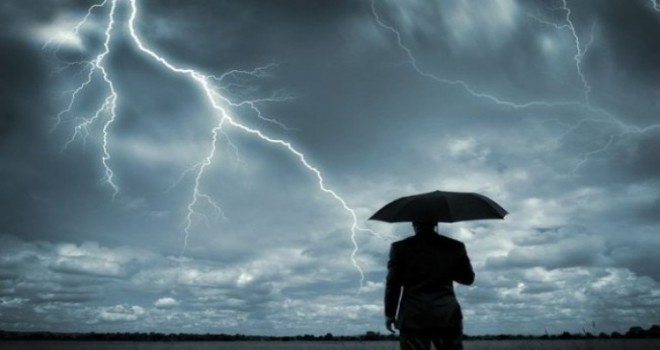 Belçika'da sele yol açabilen (dolu ihtimaliyle) gök gürültülü kuvvetli yağıșlar geliyor