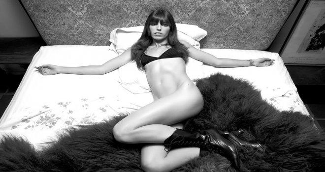 Le calendrier le plus sexy du monde sera consacré aux femmes fortes. Ça nous change !